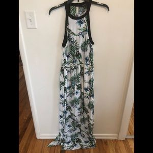 Forever 21 palm leaves maxi dress